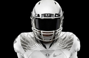 NIKE-REVEALS-COLLEGE-FOOTBALL-PLAYOFF-NATIONAL-CHAMPIONSHIP-UNIFORMS-FOR-OREGON-AND-OHIO-STATE-9-565x372