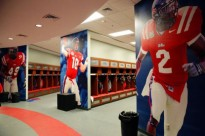 ole-miss-locker-room-21-610x407