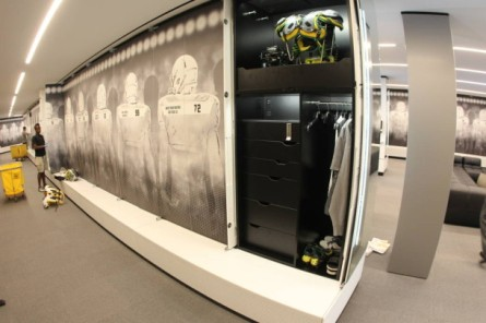 oregon-locker-room-21