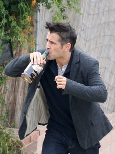 colin-farrell-drinking-movie-set-11102011-12-675x900