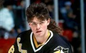 jagr_mullet_display_image